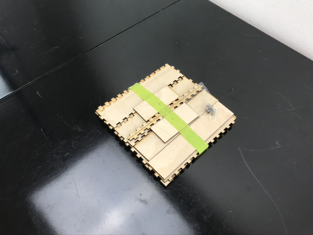QueenBox Bausatz